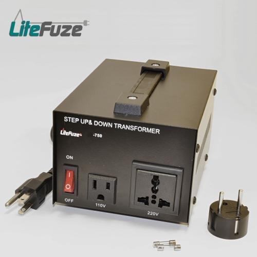 LiteFuze 750 Watt Voltage Converter Transformer 110-220