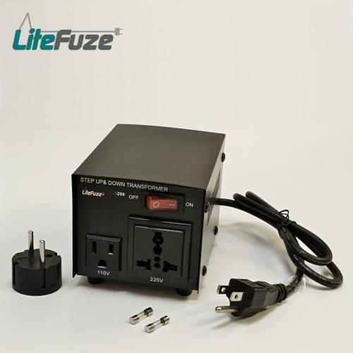 New LiteFuze 200 Watt Transforme�r Step Up/Down 110-220