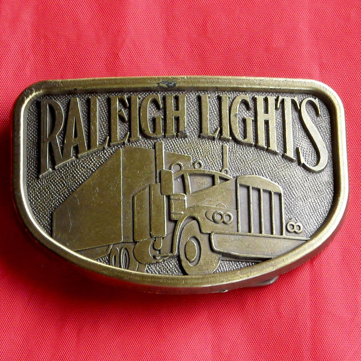 Raleigh Lights Cigarette Brass Color Metal Belt Buckle
