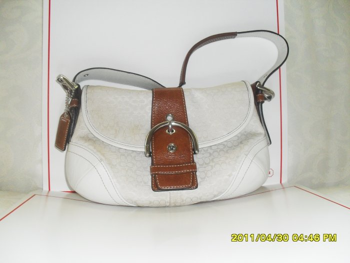 Preowned Coach  Off-White Hobo Signature/Jacquard fabric with Brown Trim Purse
