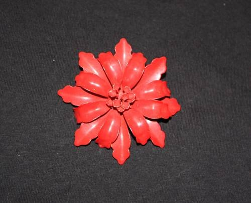 Vintage MOD Flower Pin Brooch 1960s Enamel