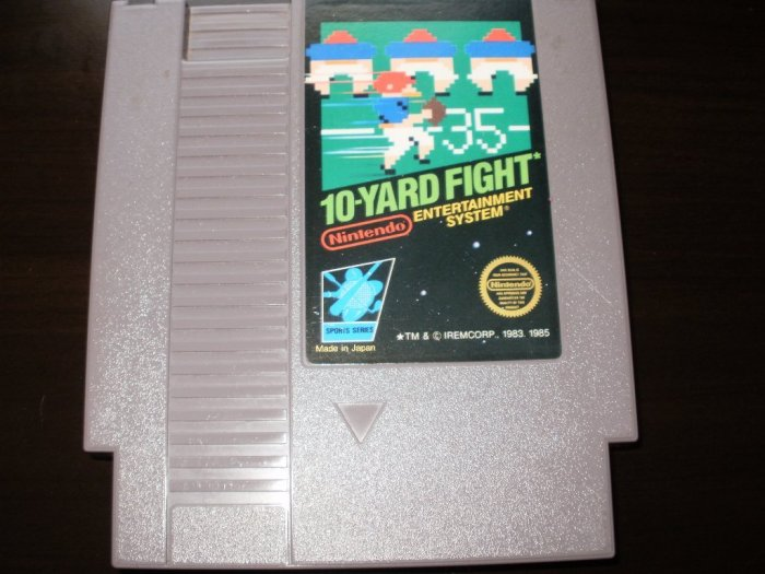 10 Yard Fight - Nintendo NES