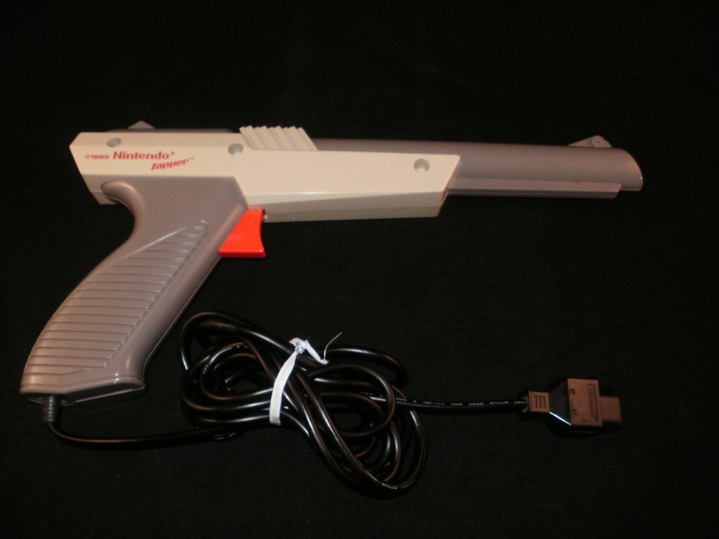 Nintendo Zapper Light Gun - Nintendo NES - Original Gray