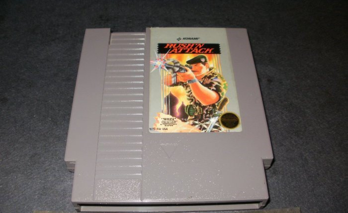 Rush'n Attack - Nintendo NES