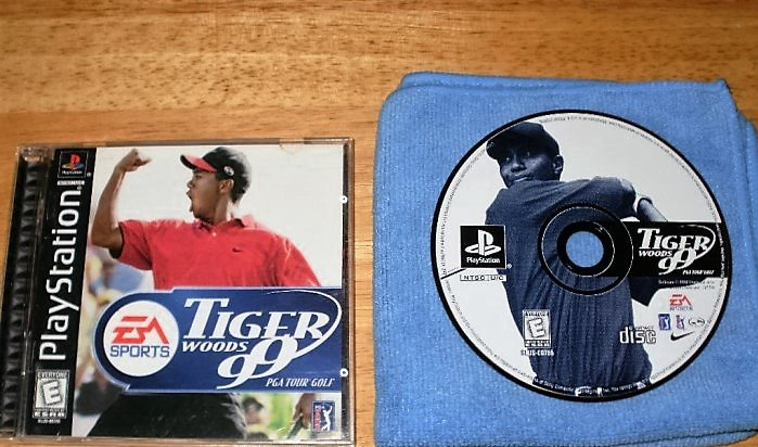 Tiger Woods 99 - PlayStation PS1 -  Complete CIB