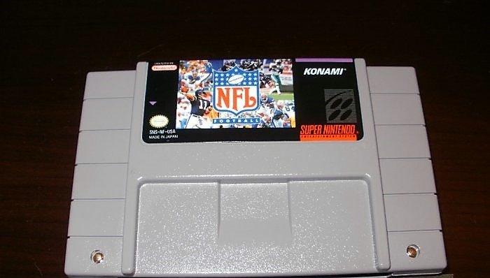 NFL Football - SNES Super Nintendo