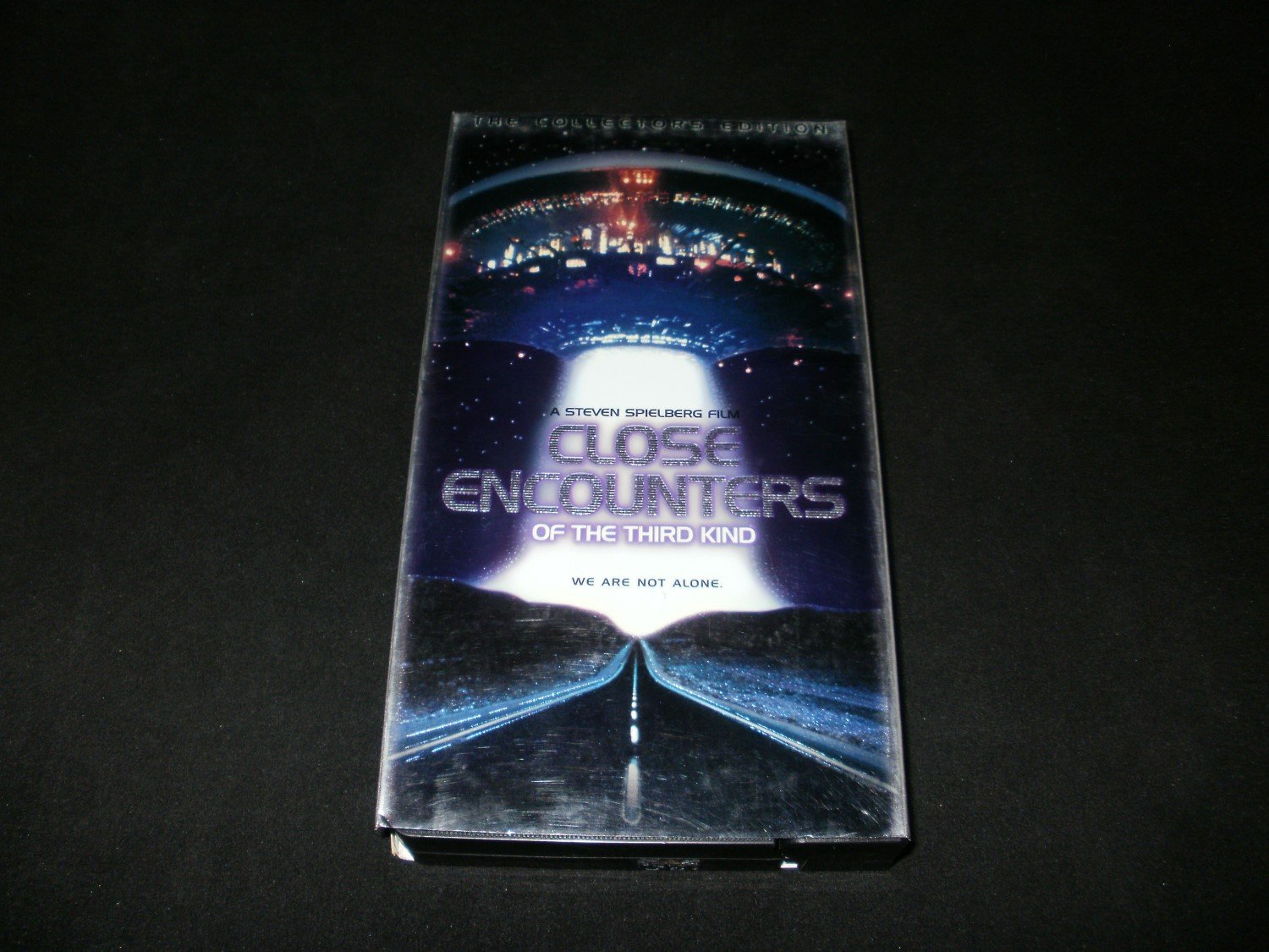 Close Encounters of the Third Kind - 1998 VHS Movie - Collector's Edition