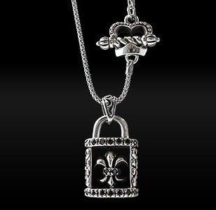 Royalty Collection 925 Sterling Silver Fleur De Lis Lock Pendant