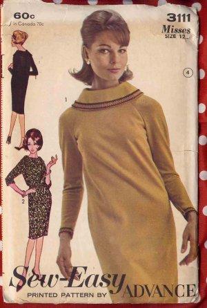 Super Mod 60s Roll Collar Dress With Raglan Sleeves Bust 32 Vintage