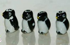 Handpainted Porcelain Penguin 5 Beads 18X5mm