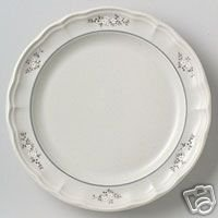 "Pfaltzgraff Heirloom Dinner Plate Brand NEW 10"" USA"