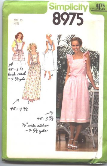 Simplicity 8975 Vintage 1979 Back Wrap Dress and Apron Sewing Pattern