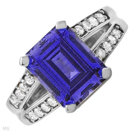 New 4.5 CTW Sapphire Gold Ring Size 7 Retails $576