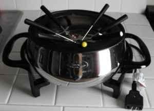 Rival Fondue Pot