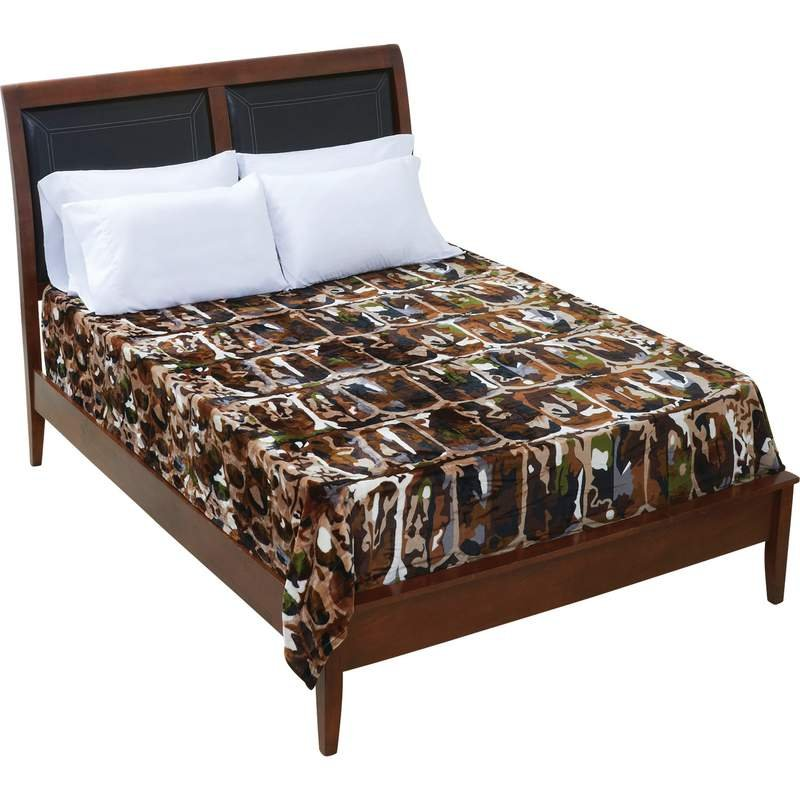 Bullgator Camouflage Fleece Blanket Fits Queen or King Bed