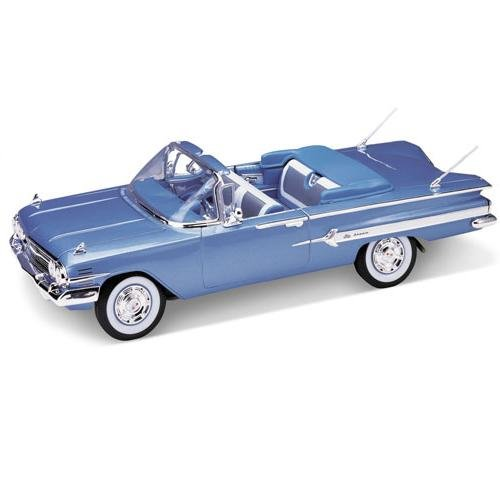 Welly 1960 Chevrolet Impala Convertible - Light Blue, Red, White - 1:18
