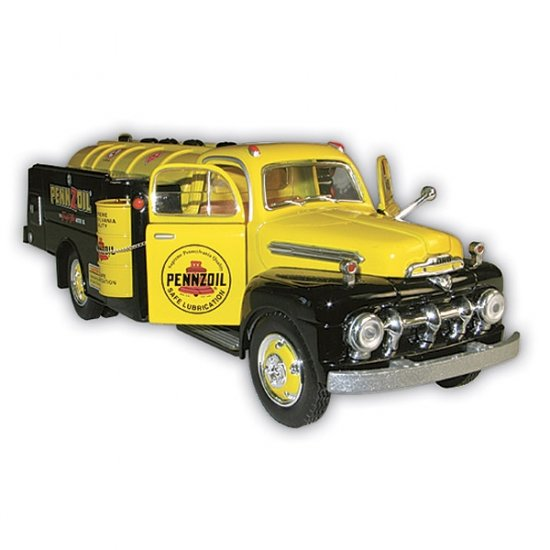 1951 Pennzoil Tank Truck with Display Stand - 1/25 Scale