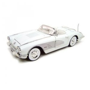 Motormax 1958 Chevrolet Corvette White 1:18 Diecast Model