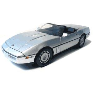 1986 Silver 1/18 Convertible Corvette GreenLight, LLC