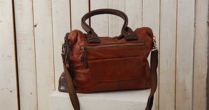 2904100002 Leather bag