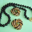 Pretty Black Necklace & Earrings