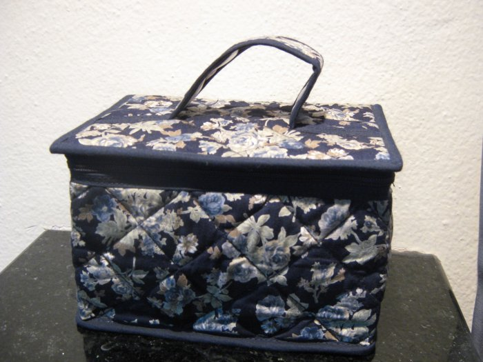 navyblue cosmetic box blue roses pattern