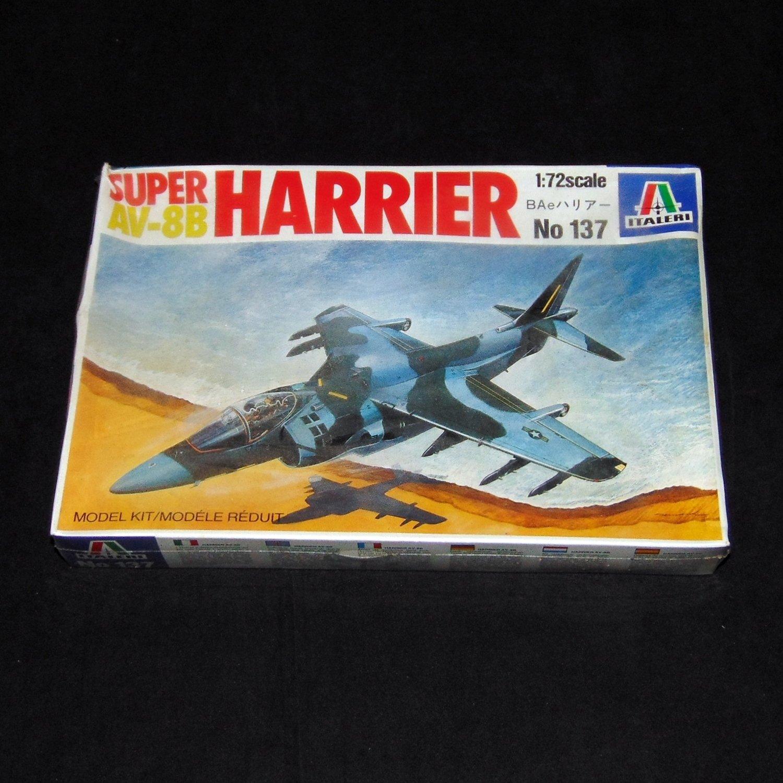 Italeri 1:72 Super AV-8B Harrier