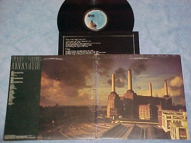 PINK FLOYD-ANIMALS--VG++/VG+ 1977 LP--Columbia JC-34474