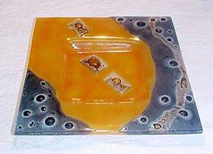 C675010808 - Square Glass Plate - Orange and Gray