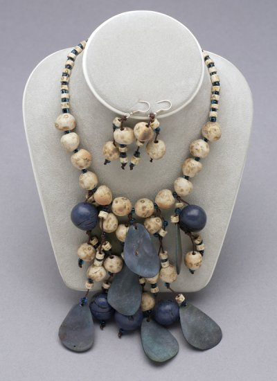 EMO17 - Blue Ceramic Beads Set