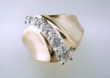 Ladies Cubic Zirconia Fashion Ring #677