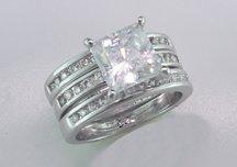 #6023 Lds Cubic Zirconia Fashion Ring