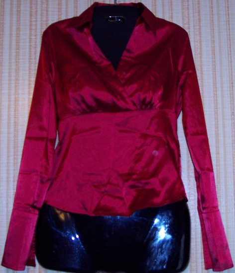 NICE MAROON BLOUSE SIZE SMALL