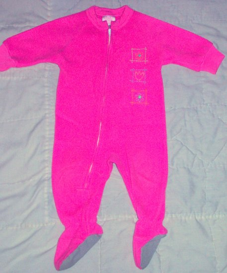 2 WINTER PAJAMAS WITH FEET SIZE 12 MONTHS