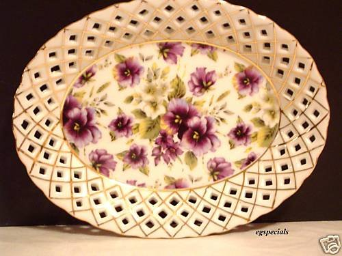 PORCELAIN FLORAL PANSY CHINTZ CANDY DISH