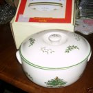 SPODE CHRISTMAS TREE Round Covered Casserole Dish 2.2 L