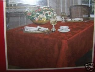 Spode Holly Red Damask Tablecloth 70 Round NEW NIP