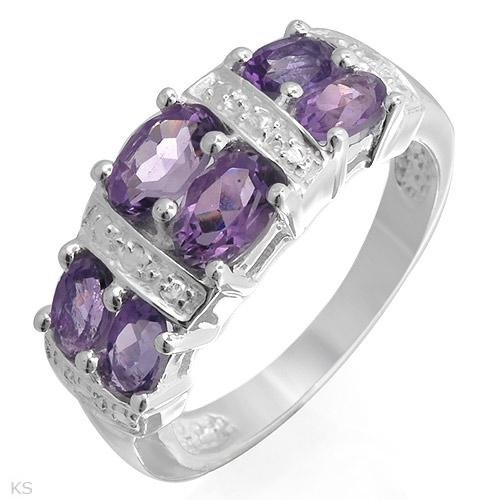 BEAUTIFUL STERLING SILVER RING WITH AMETHYSTS
