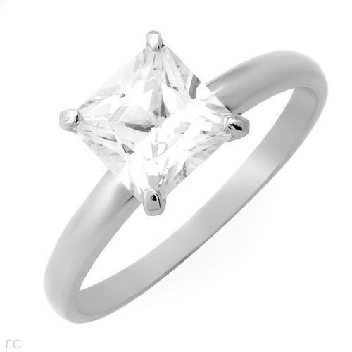 ELEGANT STERLING SILVER RING W/CUBIC ZIRCONIA SOLITAIRE