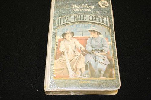 DISNEY'S: Five Mile Creek Vol. 10
