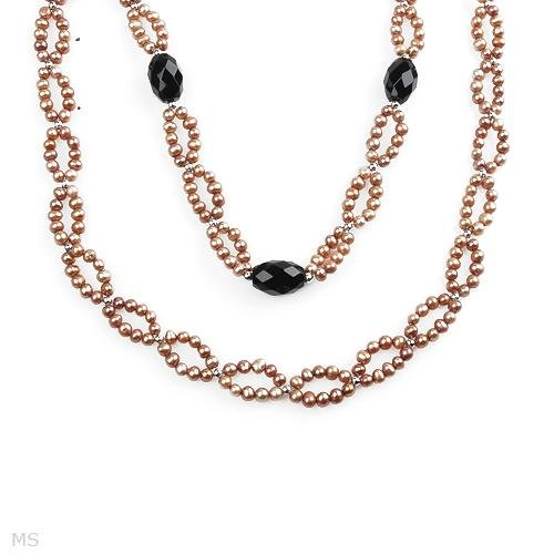 EXQUISITE NECKLACE WITH FRESHWATER PEARLS AND ONYX