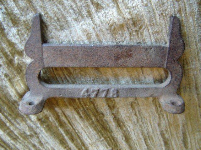 ANTQ Boot scraper cast iron mkd 4778 Primitive 'works'