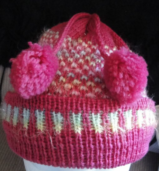 One Size Fashinable Girls Pink & yellow Glittery Hat with 2 cutie balls