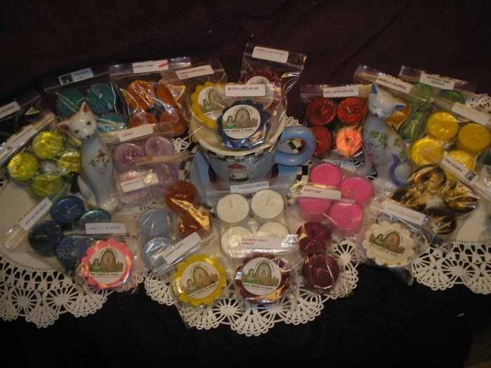 MYSTERY TARTS AND TEALIGHT LOVERS SPECIAL     HOMEMADE TARTS AND TEALIGHTS