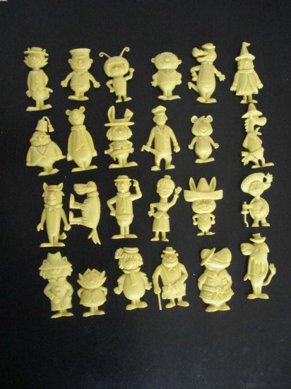 24 rare Hanna Barbera nostalgic plastic figures in yellow color