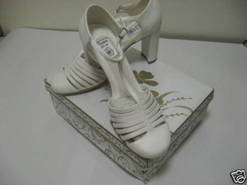Summer Rio White Ladies Dress Shoes, Size 7 1/2