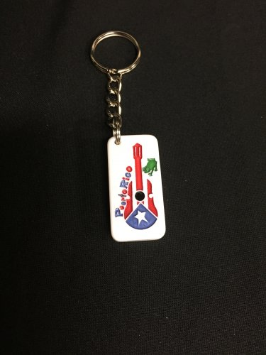 Domino Keychain with the Puerto Rico Flag -Cuatro