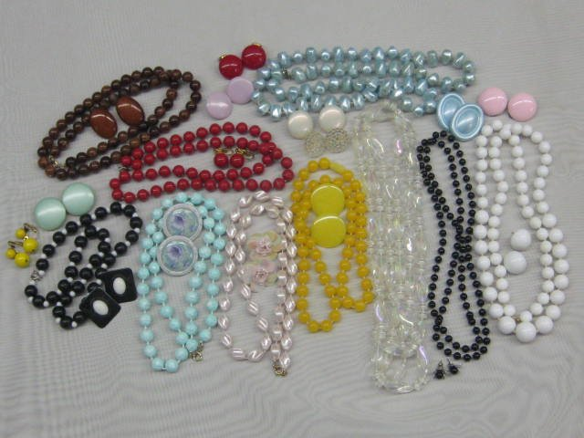 Vintage Costume Jewelry LOT Necklaces Earrings Beads SPRING