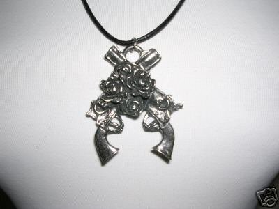 XL PISTOLS GUNS N ROSES FLOWER ROCKER PEWTER PENDANT ADJ CORD NECKLACE AXLE ROSE SLASH