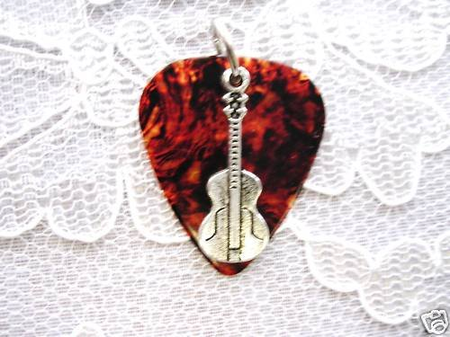 SHELL BROWN GUITAR PICK CLASSIC GUITAR PENDANT NECKLACE